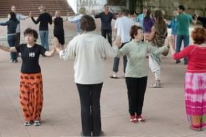 uPoCNLQ4Ew-300x199 Сакральные круговые танцы